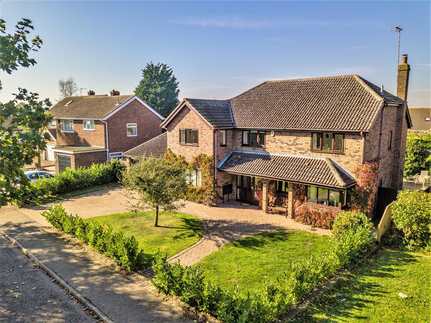 Bardfield Way, Frinton-On-Sea, Essex, CO13 0AN